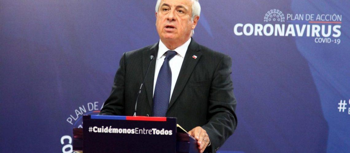 21 de Marzo 2020/ SANTIAGO  Ministro de Salud Jaime Mañalich da declaraciones, por Primer Fallecido por COVID-19 en Chile, la cual se trataría de una mujer de 83 años postrada en su domicilio.  FOTO: Jose Francisco Zuñiga /AGENCIAUNO